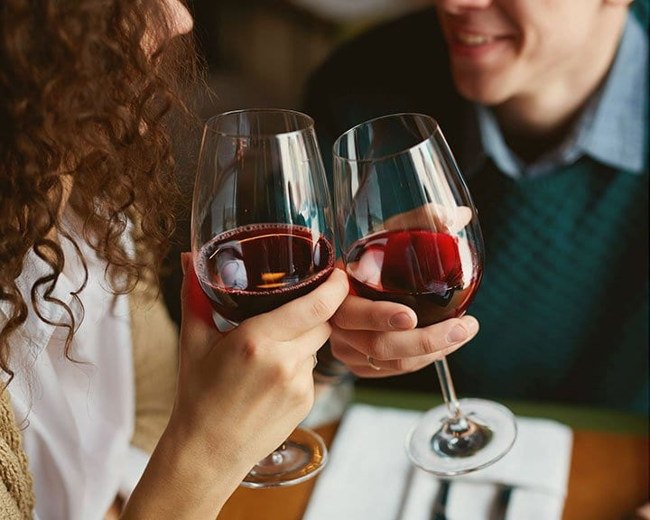 4-QUESTIONS-ABOUT-WINE-dropwine by 4steps4