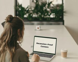 9 Recession-Proof Careers by 4stesp4